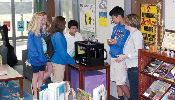 SLJ1505-3D-Lib-Students